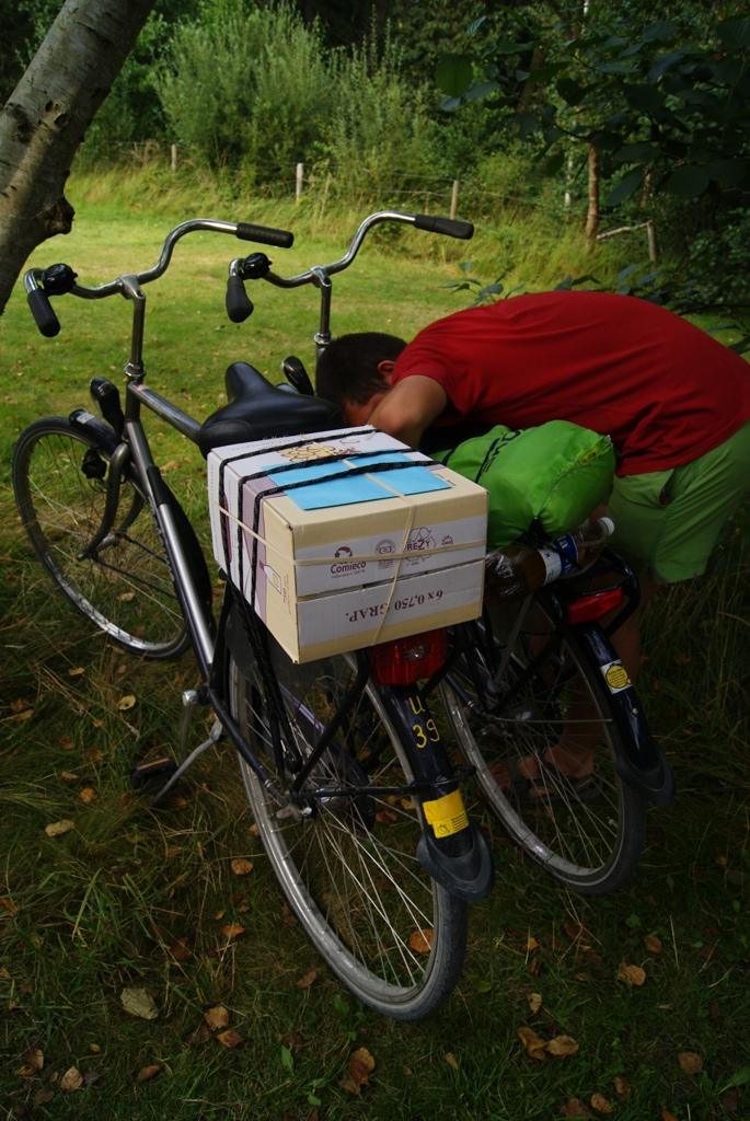 la compra sobre una bici en la isla de Schiermonnikoog Holanda