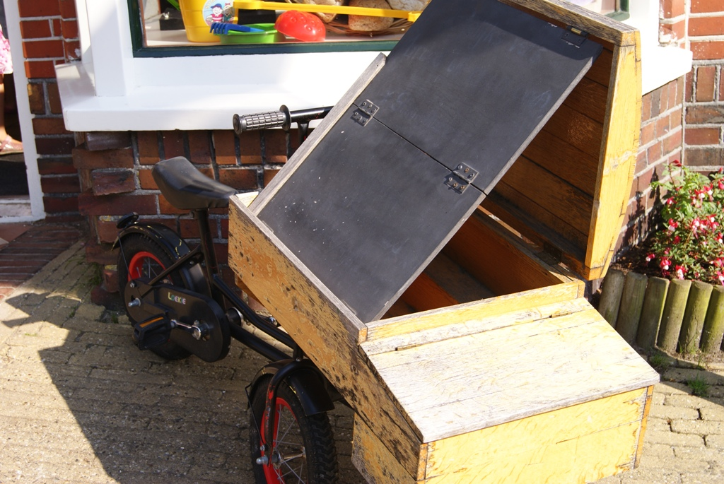 bici caja en Schiermonnikoog en Holanda