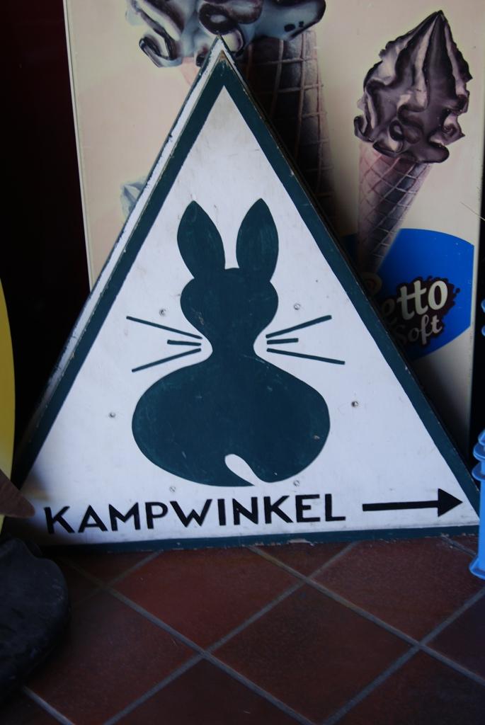 logo del camping Kampwinkel en la isla de Schiermonnikoog Holanda