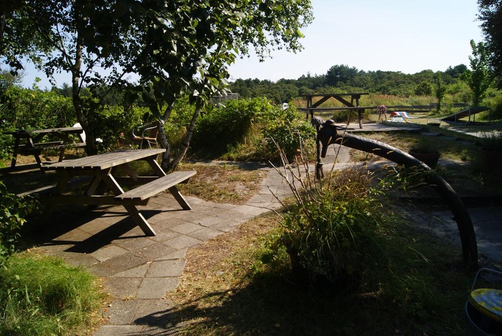 zona de estar en el camping Kampwinkel en la isla de Schiermonnikoog Holanda