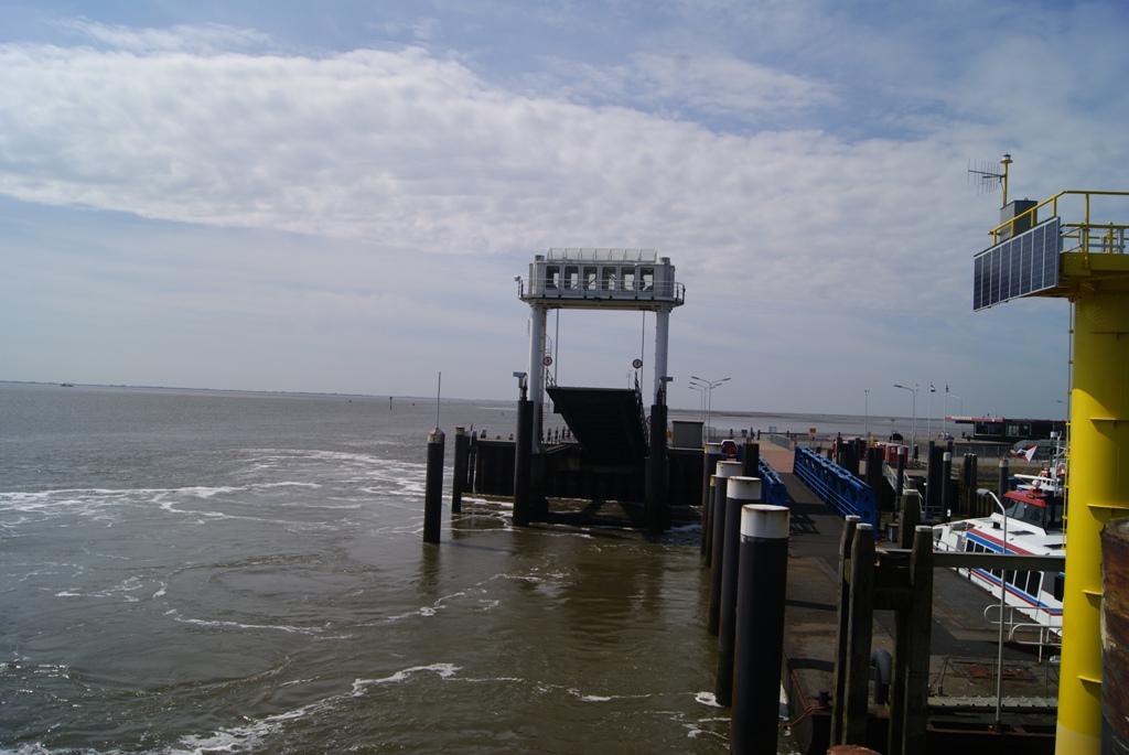 puerto de Schiermonnikoog Holanda