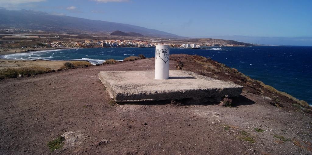 Tenerife Montaña Roja Bocinegro