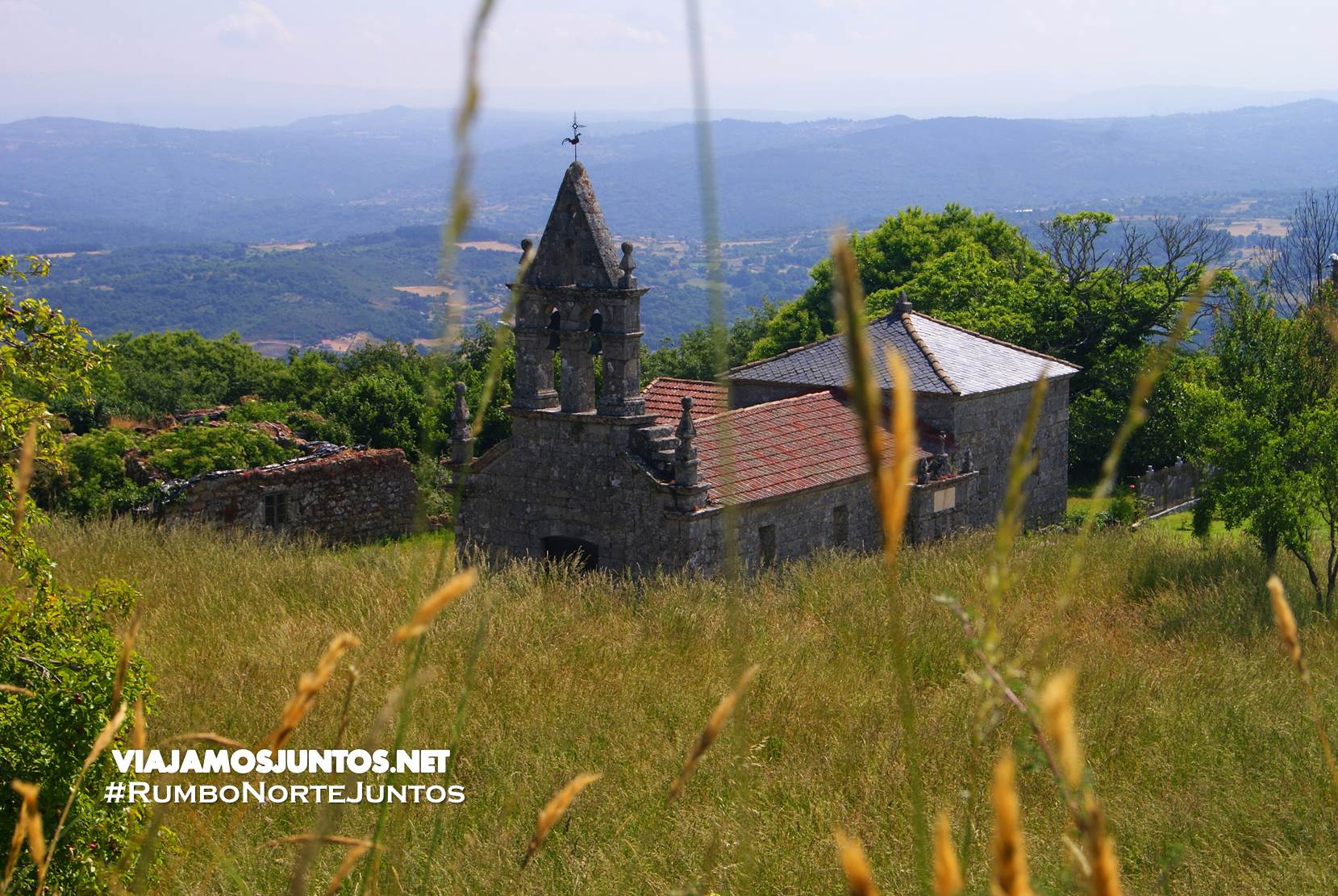 Iglesia de la aldea Castromao