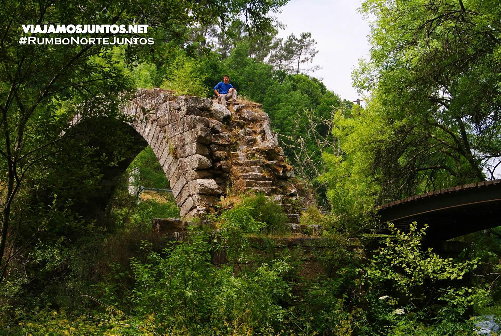Puente medieval en Pazos de Arenteiro