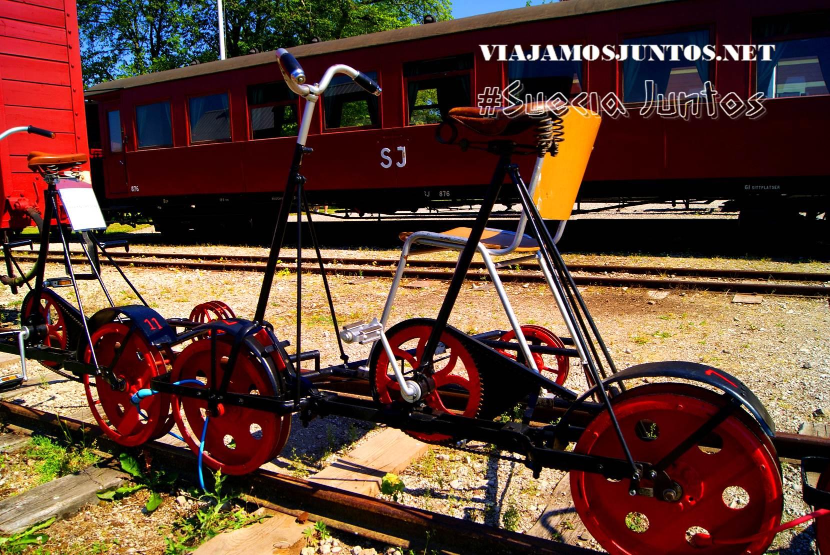 El artilugio - bicicleta a raíles, isla de Gotland, Suecia