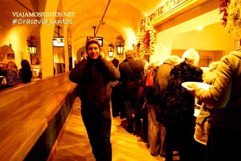 """En 4 días que estuvimos en Cracovia se ha convertido en """"nuestro sitio"""": por si es un café por la mañana, hora de comer o cena para llevar ;)"""