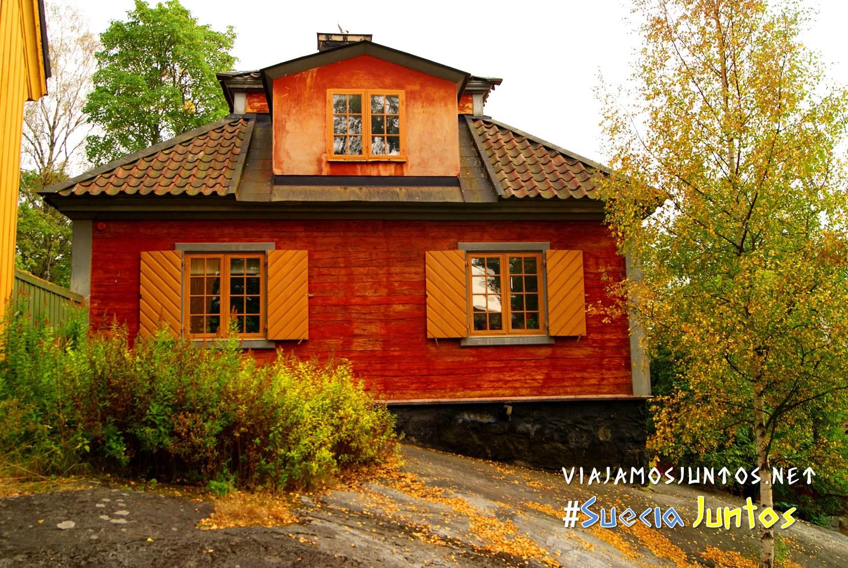 Casas típicas en Skansen, Estocolmo, Suecia