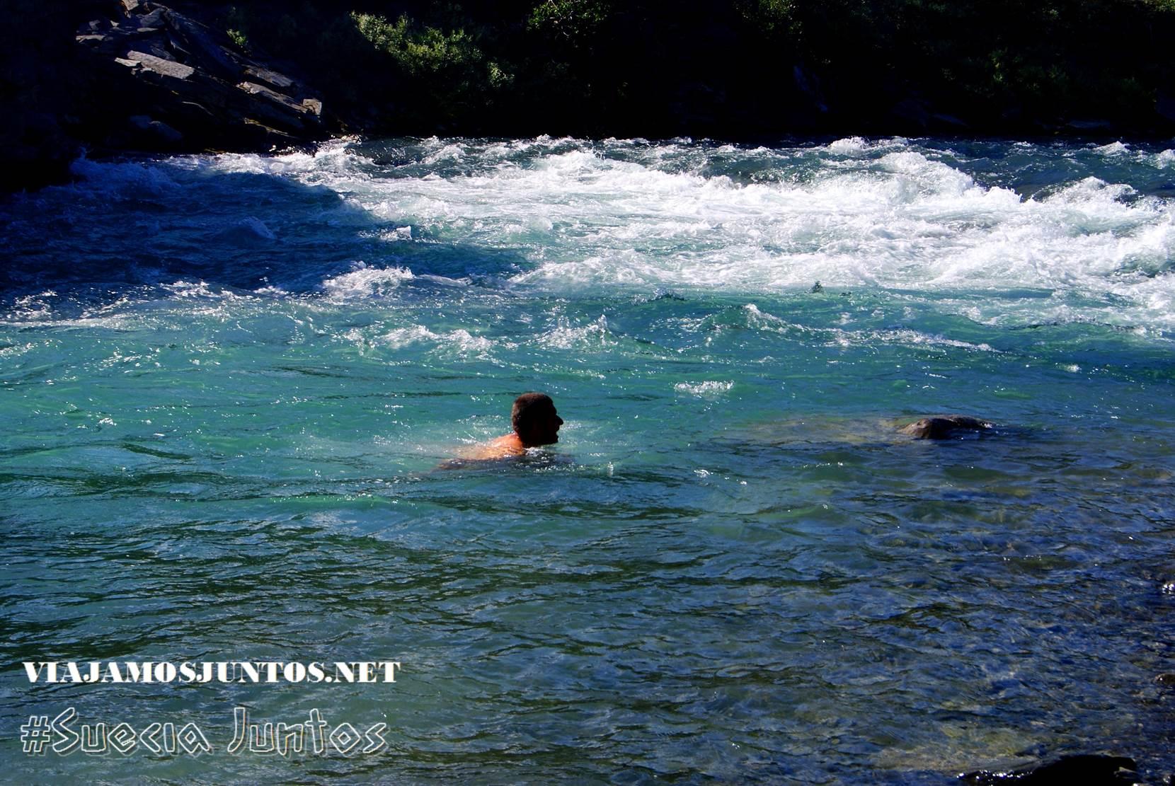 Mi ducha favorita estando de trekking: un río, lago, mar...