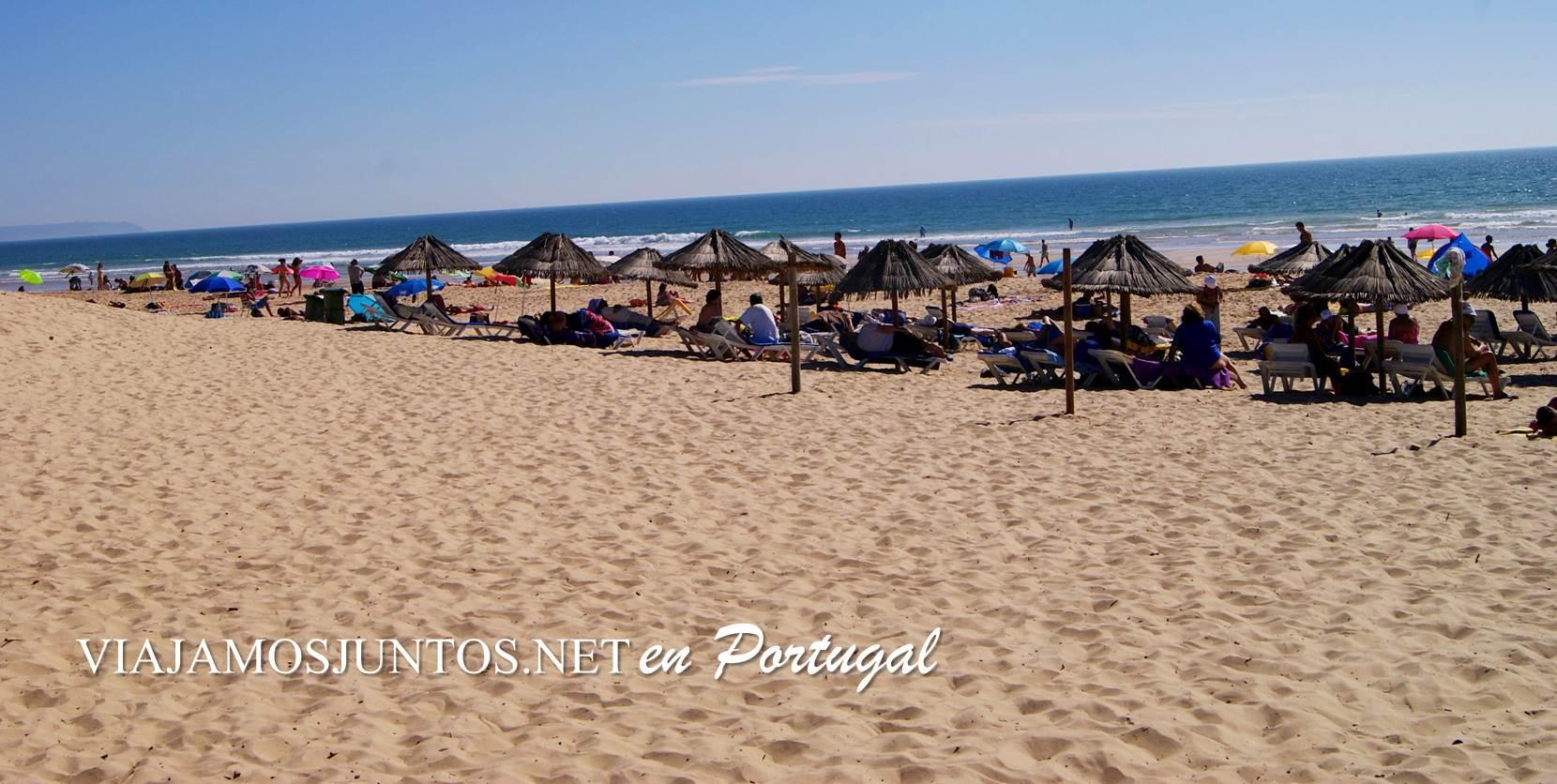 Playa de Castillo, Costa Caparica, Portugal