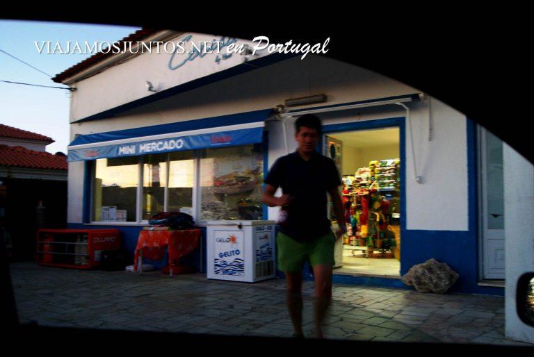 una tienda de alimentación en medio de la nada, Setúbla, Portugal