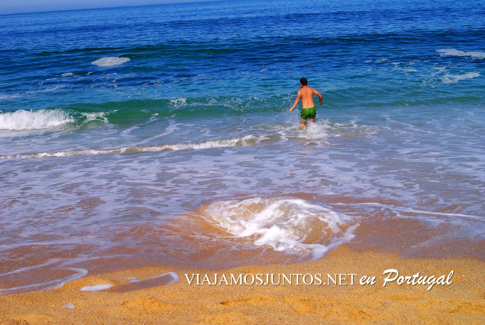 Olas en la Playa do Meco, Costa Caparica, Portugal