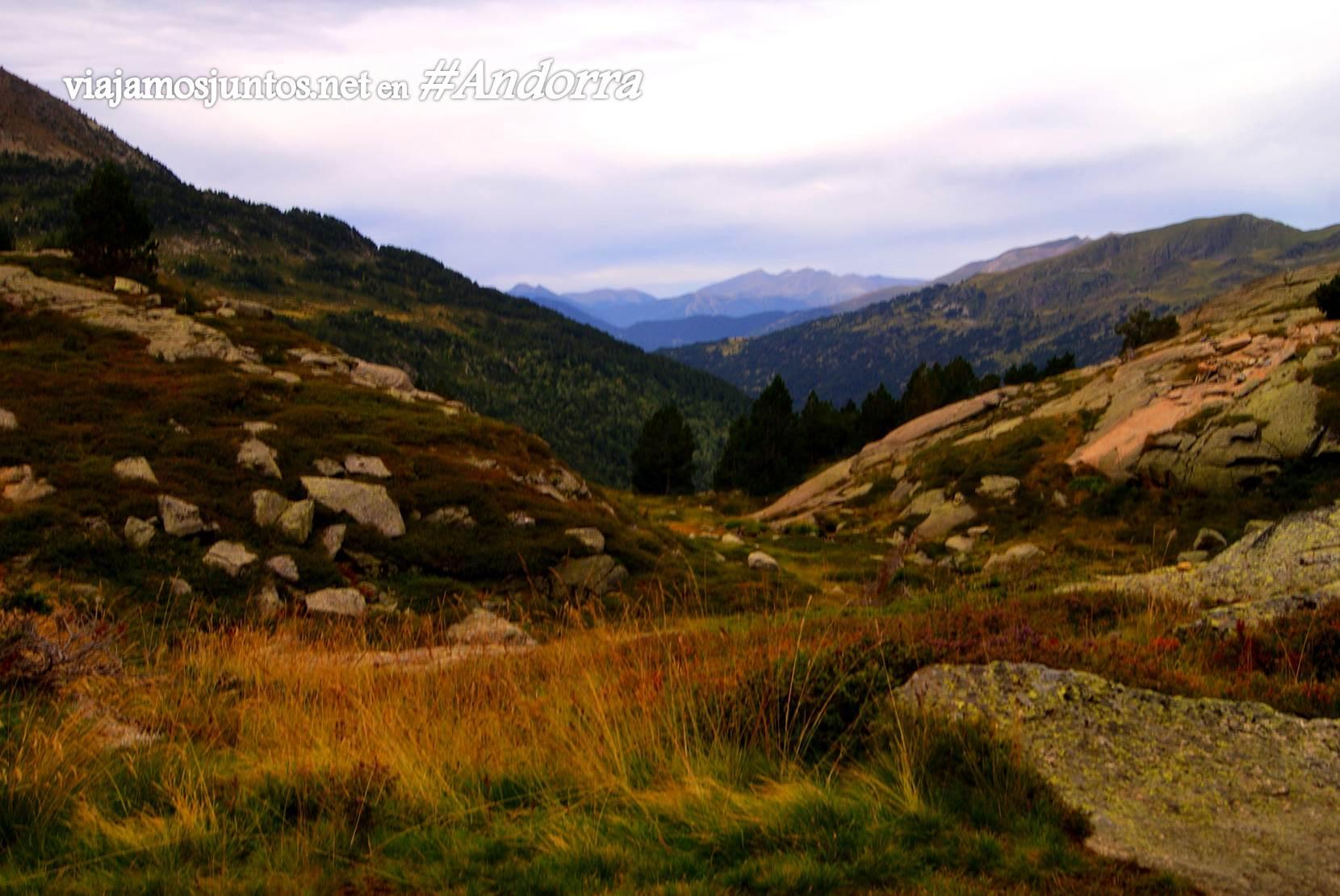 Desde el mirador del refugio de Juclá, Andorra trekking, Pirineo Oriental