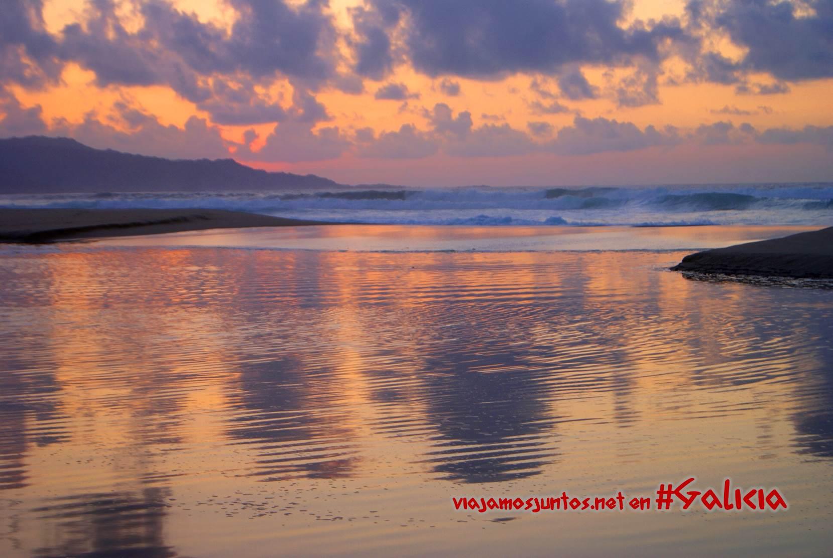 Puesta del sol en la playa de Traba; Costa da Morte, Galicia