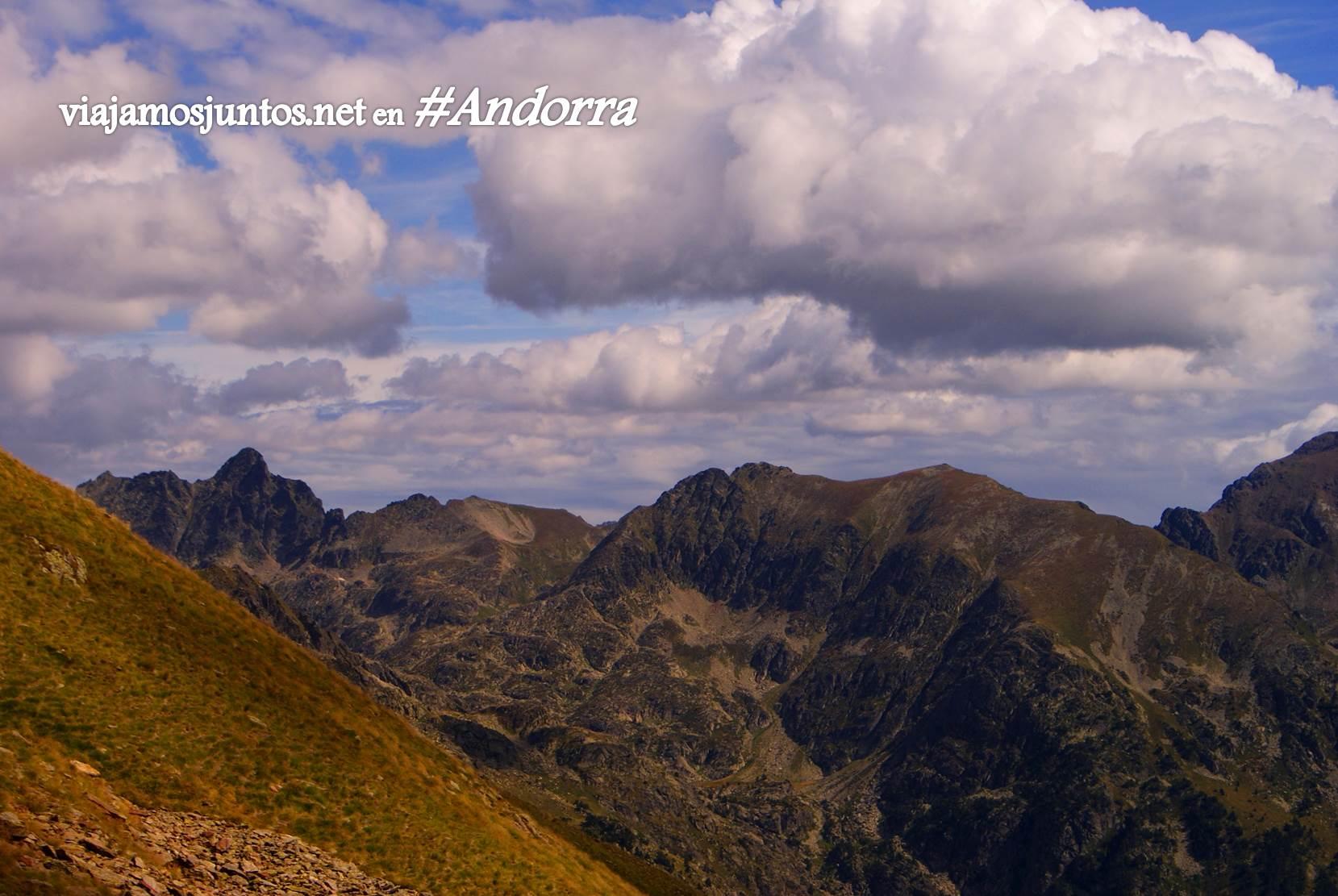 Nubes sobre el trekking de Andorra, Pirineo Oriental