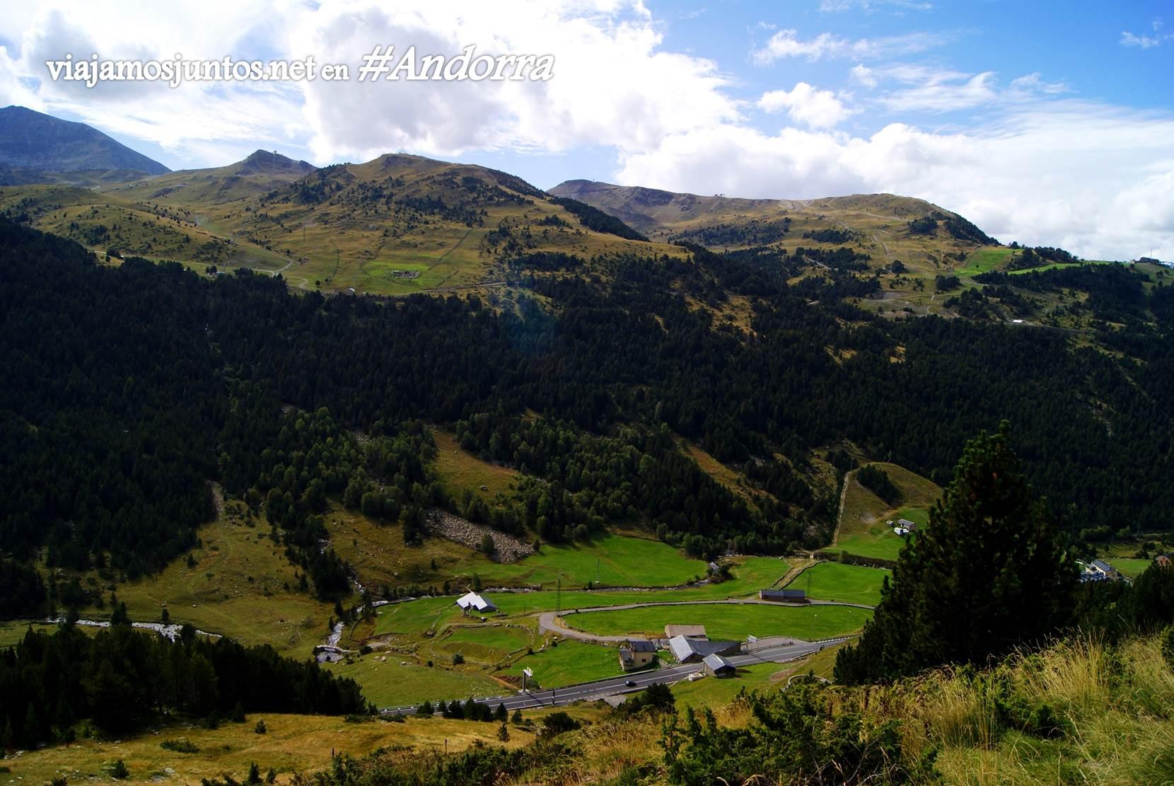 Bordes d'Envalira desde alturas. GRP de Andorra