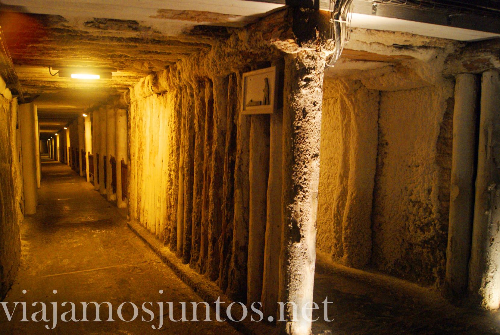 Que ver en Cracovia, Polonia; la mina de  sal, welychka