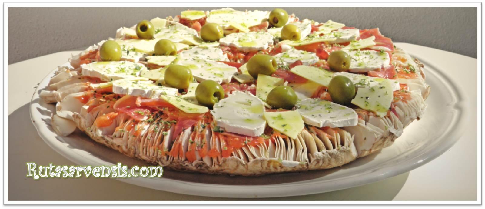 Recetas con setas fáciles: pizza de macrolepiotas