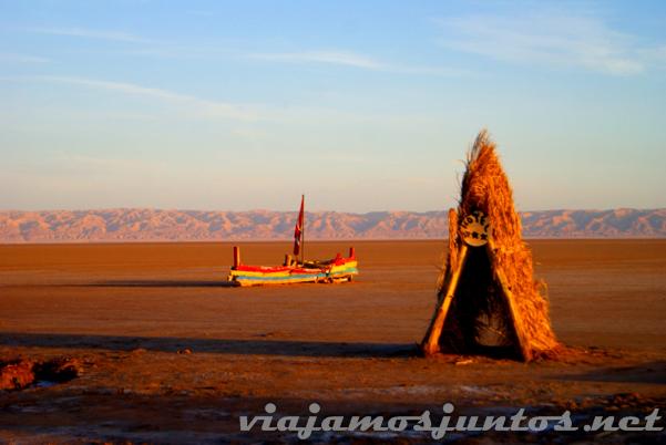 También podéis intentar venir en barco ;) Tozeur, el Sur de Túnez.