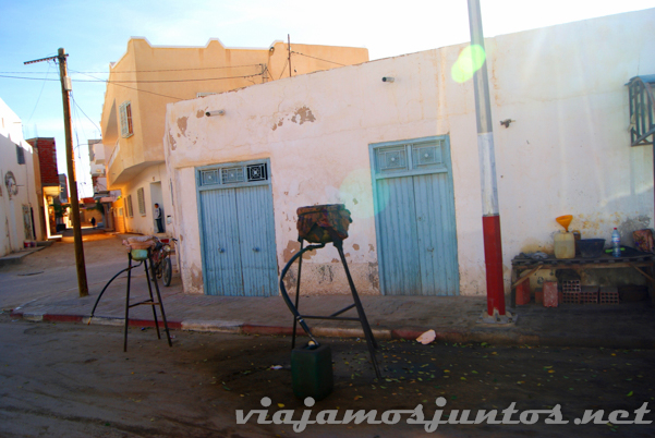Gasolineras del desierto. Tozeur, el Sur de Túnez.