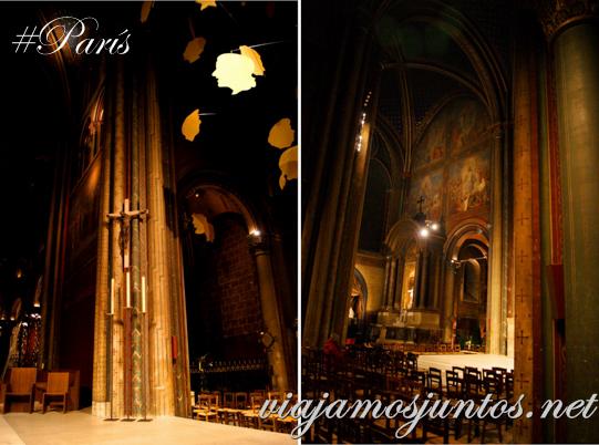 Aire místico en la iglesia Saint Germain des Prés. Iglesia de Saint Germain des Prés, París, Francia.