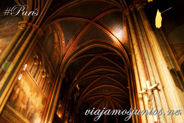 Techo estrellado. Iglesia de Saint Germain des Prés, París, Francia.