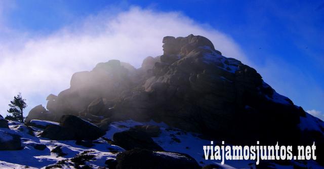 La bajada, Ruta cirular de Siete Picos, Sierra de Guadarrama, Parque Nacional Guadarrama, Madrid y Castilla y León