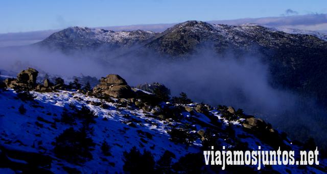 La ruta en la niebla, Ruta cirular de Siete Picos, Sierra de Guadarrama, Parque Nacional Guadarrama, Madrid y Castilla y León