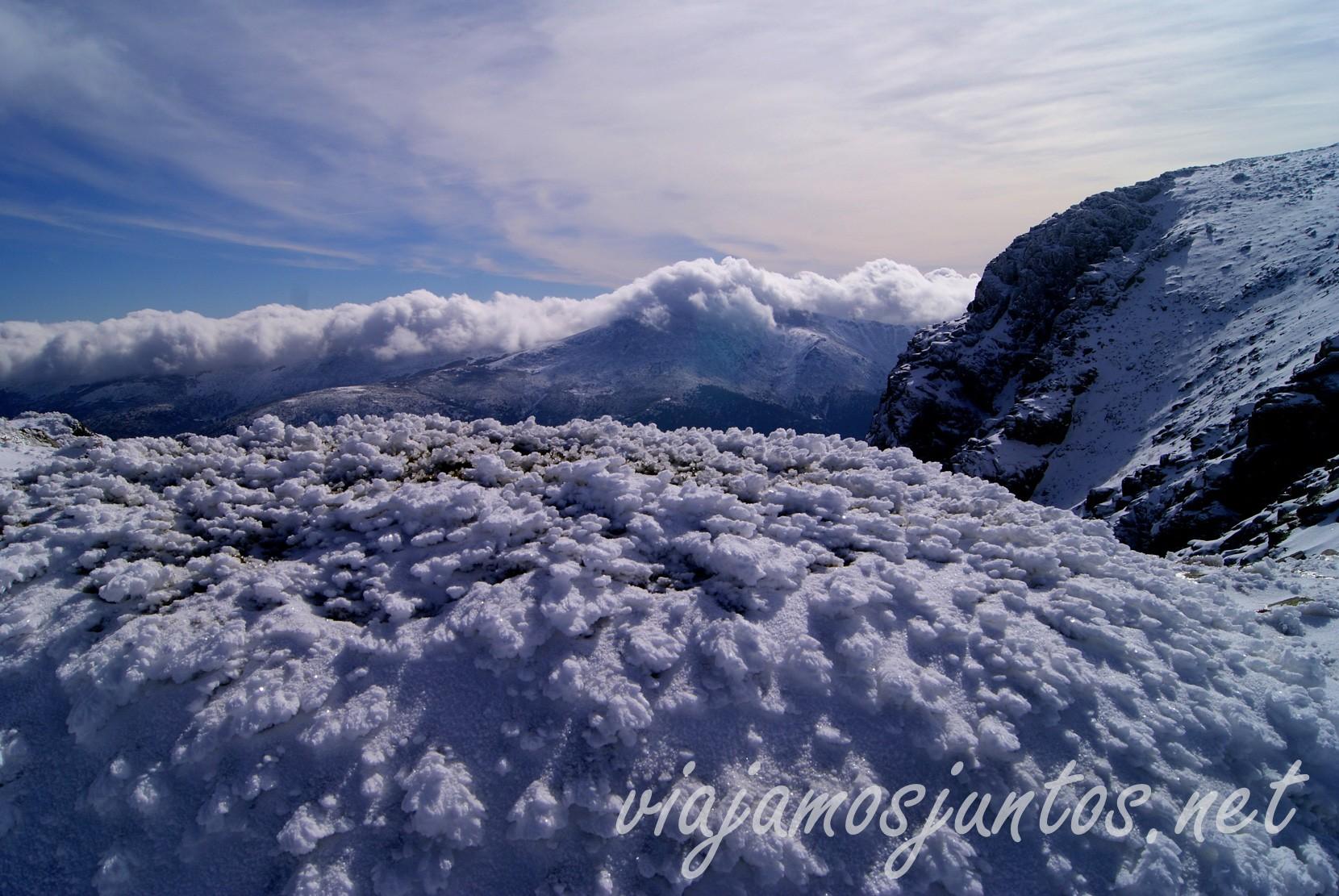 ¿Os gusta la nieve tanto como a nosotros? Peñalara, el pico más alto de la comunidad de Madrid y Segovia. Ruta circular