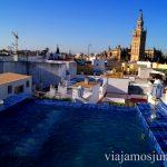 La terraza de los baños árabes Aire de Sevilla. Vistas a la Giralda Que ver y que hacer en Sevilla durante un fin de semana. Sevilla Inside