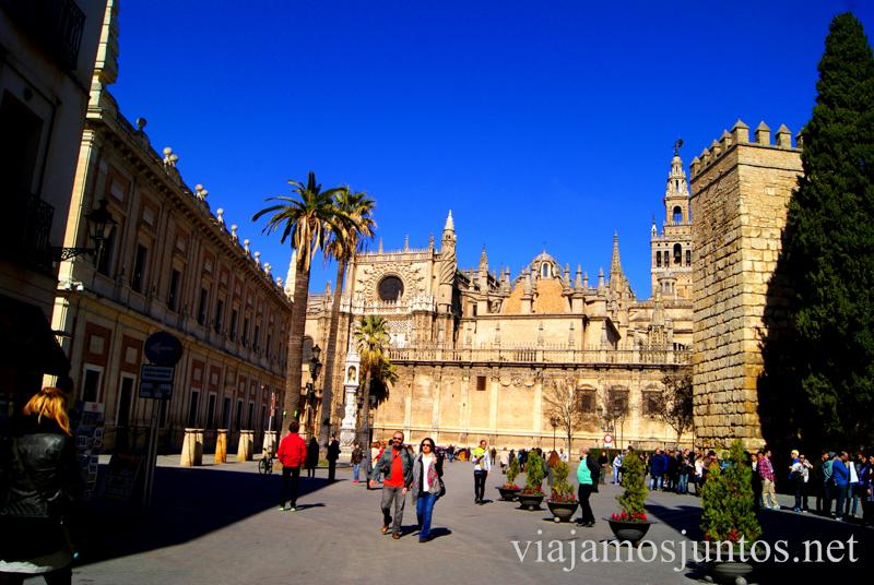 La plaza de los tres Patrimonios de la Humanidad Que ver y que hacer en Sevilla durante un fin de semana. Sevilla Inside