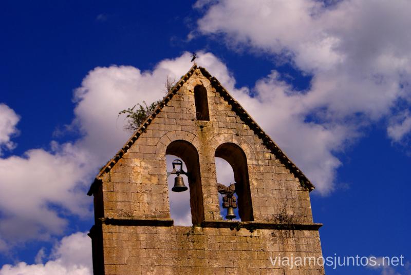 El campanario de la Iglesia de Almiruete Ruta de los Pueblos Negros de Guadalajara