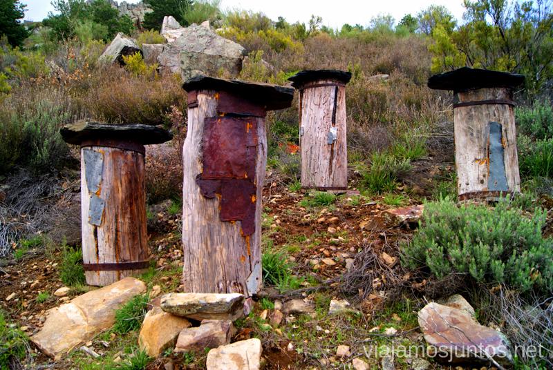 Colmenas tradicionales. Ruta de las abejas. Pueblos Negros de Guadalajara. Valverde de los Arroyos