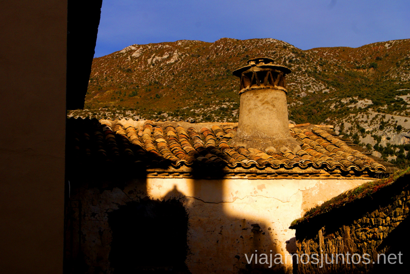 Arquitectura de sombras Ruta circular Camping el Puente - Rodellar. Huesca, Aragón.