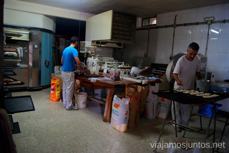 Producción de bollería: ves como, de que y quien lo hace ;) Hervás, Extremadura, que ver y hacer. Pueblos con encanto