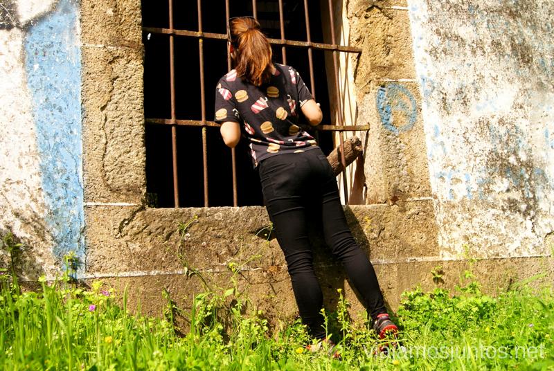 Investigando un edificio abandonado Ruta de la Chorrera, Hervás, Extremadura.