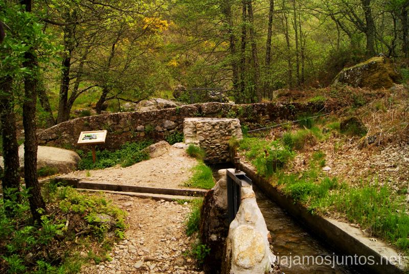 La distribuidora de los canales Ruta de la Chorrera, Hervás, Extremadura.