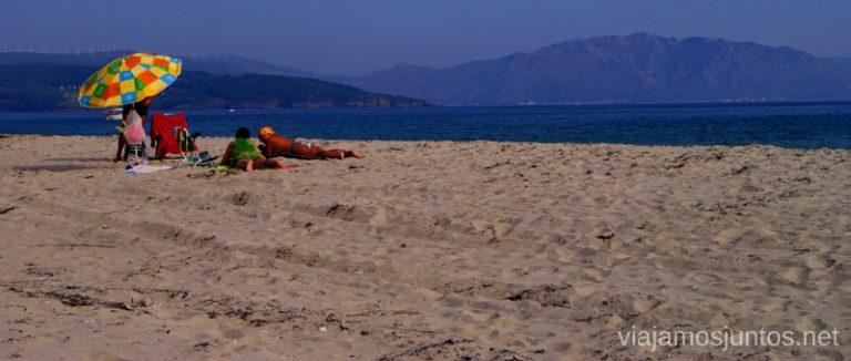 Langosteira con vistas a Finisterre Mejores playas de la Costa da Morta, Galicia