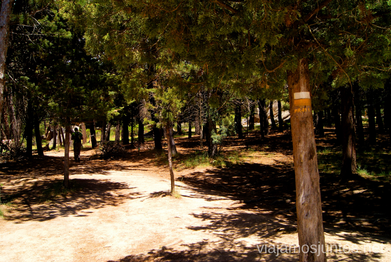 Seguir las marcas Ruta circular por La Pedriza, Parque Regional de la Cuenca Alta del Manzanares, Madrid