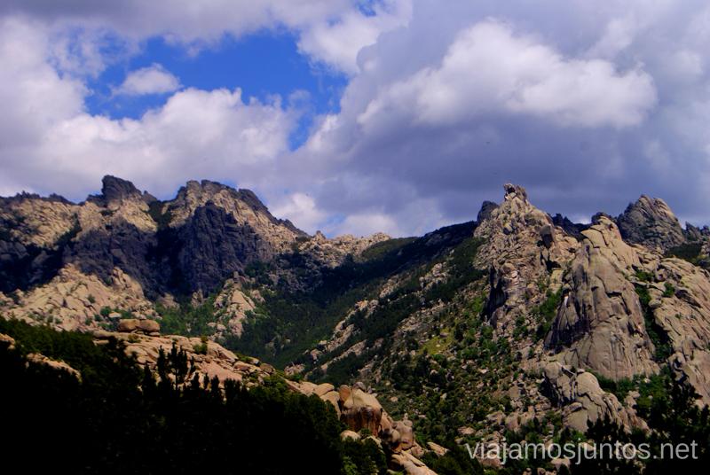 """Las vistas de la """"bajada rápida"""" Ruta circular por La Pedriza, Parque Regional de la Cuenca Alta del Manzanares, Madrid"""