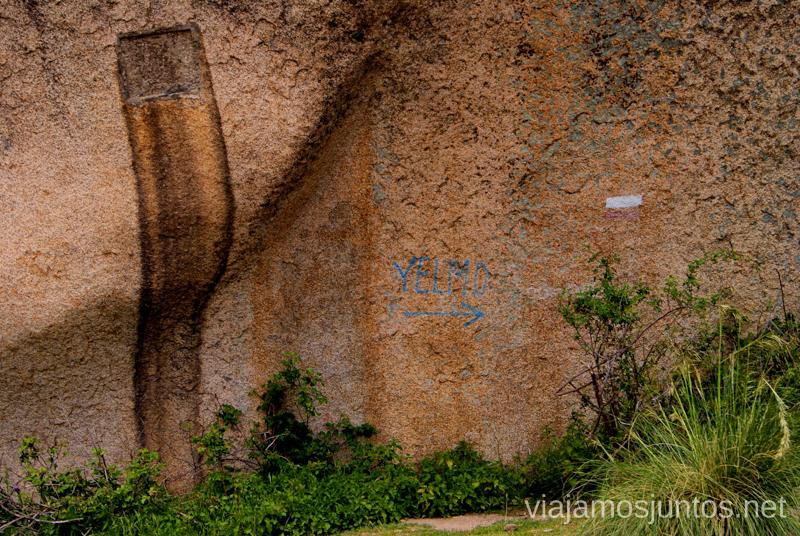 El Tolmo y el detalle de la marca Ruta circular por La Pedriza, Parque Regional de la Cuenca Alta del Manzanares, Madrid