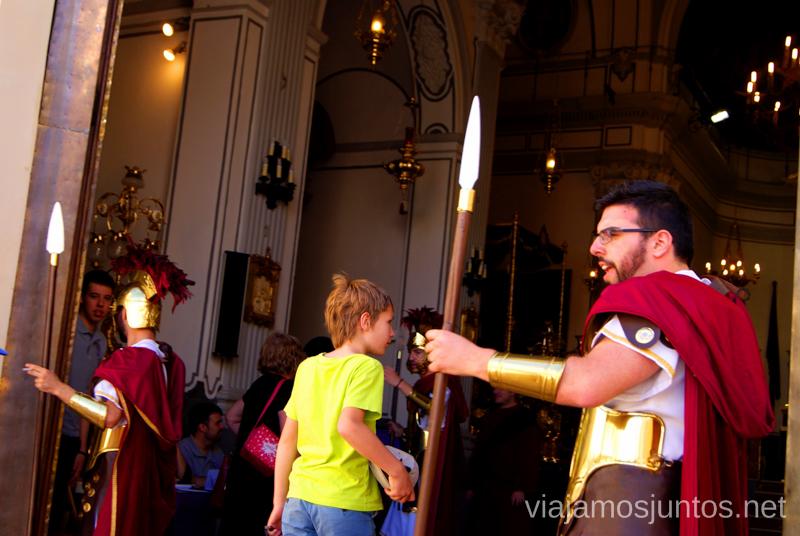 Los romanos vigilando los excursionistas Que ver y que hacer en Sagunto, Valencia.