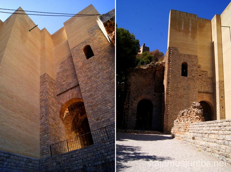 Los muros del Teatro Romano Que ver y que hacer en Sagunto, Valencia.