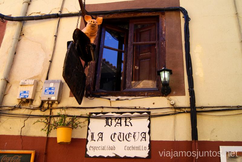 La Cueva... ¡Cuidado! Ruta de mediodía al Monasterio de Yuste y pueblo-conjunto artístico Garganta la Olla, Extremadura