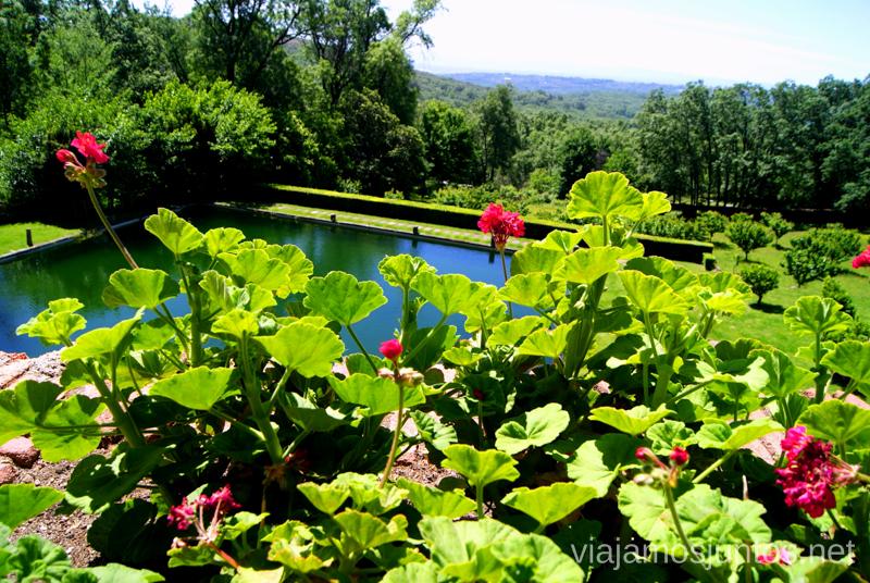 El estanque del Emperador Ruta de mediodía al Monasterio de Yuste y pueblo-conjunto artístico Garganta la Olla, Extremadura