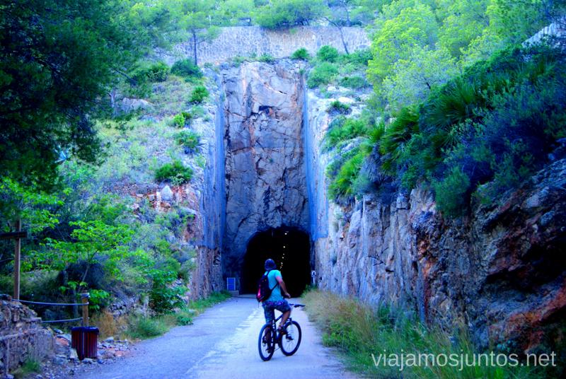 Entrando en el túnel... Dos rutas en bicicleta en los alrededores de Oropesa del Mar, que hacer en Castellón, Valencia