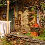 El pueblo vive... La historia de uno de los pueblos negros, Roblelacasa. Guadalajara