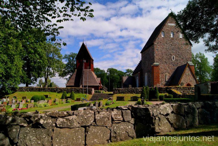 La iglesia antigua, la primera catedral de estas tierras Gamla Uppsala, Uppland, Suecia.
