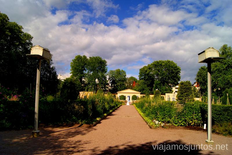 Jardín Linnaeus Que ver y que hacer en Uppsala, Suecia. Atracciones turísticas. Visitas.