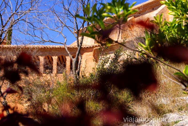 La colegiata Que ver y que hacer en Alquezar, Huesca, Aragón.