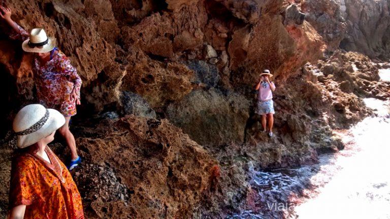Casi llegamos Ruta desde Les Rotes hasta laa Cueva Tallada a pie. Denia. Valencia